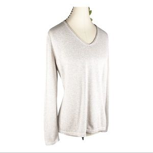 Old Navy Cream Classic Knit Palomino V-neck Blouse